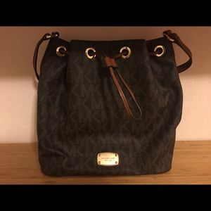 Michael Kors Jules Drawstring Bag